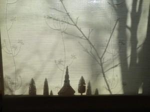 小窓の影絵1月